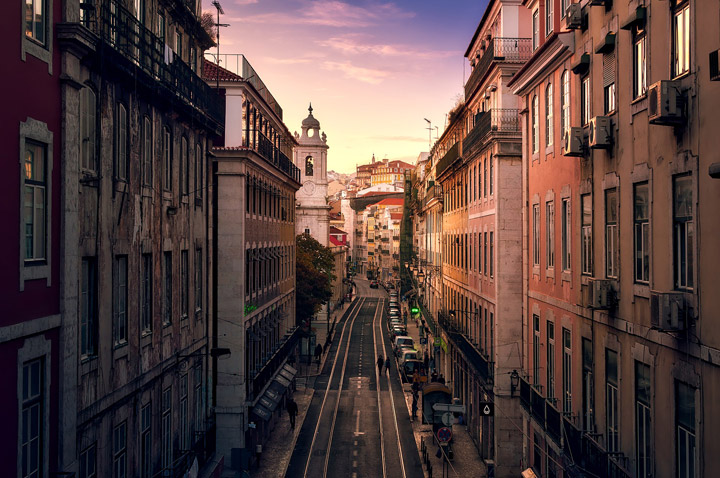 Shopping and Sightseeing Tour Lisbon Portugal